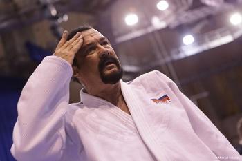 Стивен Сигал — Айкидо 7 дан — в Москве